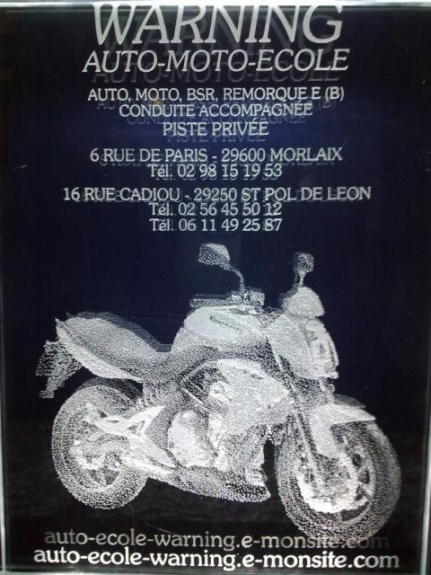 Un grand merci à Loïc pour ce super cadeau (ancien élève motard)