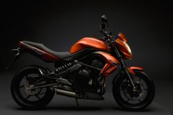 kawasaki-er6n-orange-droit.jpg